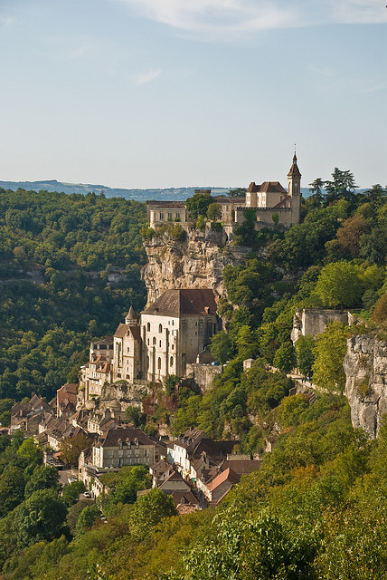 …gotta go!…  Picturesque Rocamadour village in Midi-Pyrénées, France (by PhillipC).