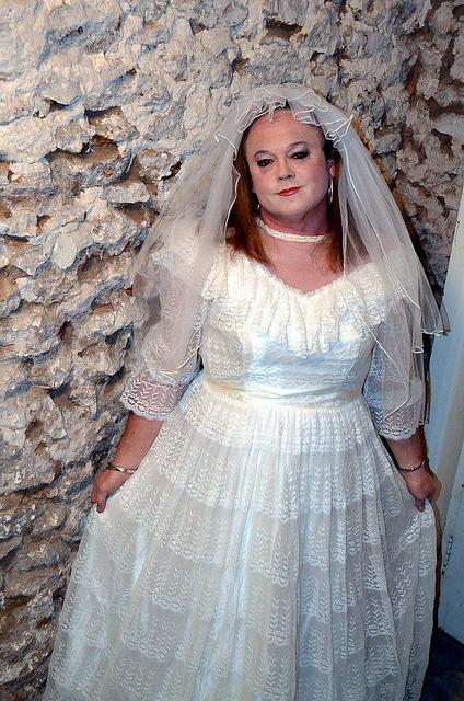 Here&#8217s a beautiful crossdressing bride from Australia: Miss Traci Loren.
