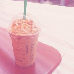 caramel ribbon crunch frap♡  #yummy #starbucks #new #flavor #drink #relax #nomnom #yum #スタバ