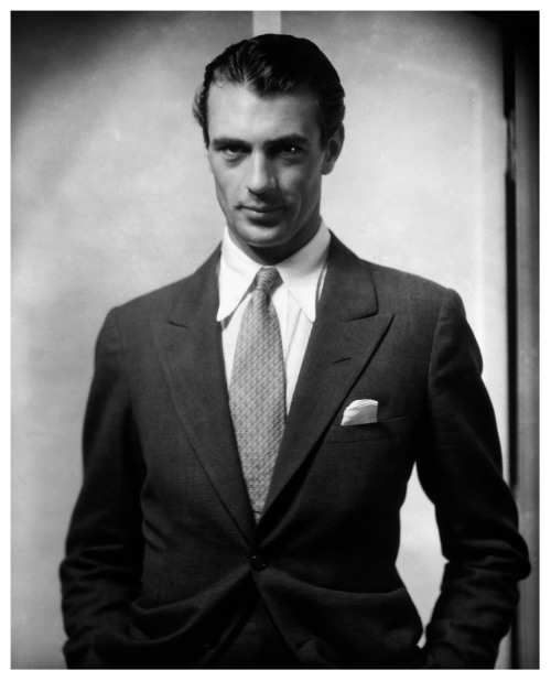 sunsetgun:  Gary Cooper by Edward Steichen.