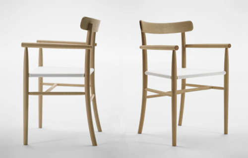 LIGHTWOOD ARMCHAIR by Jasper Morrison x Maruni