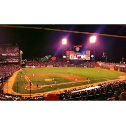 Giants game with @bllaine @run_zmc and the the pops (at at&t park)