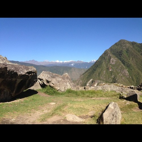 #whitagram glaciers in the back 😊 (at machu picchu peru)