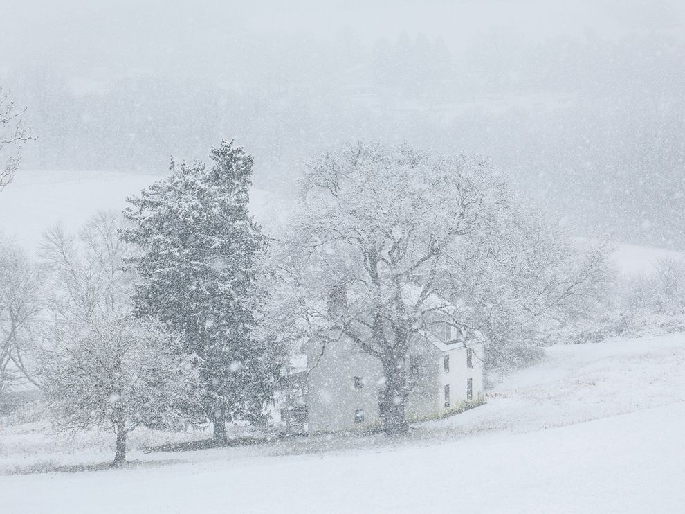 (via Farmhouse Picture — Weather Wallpaper — National Geographic Photo of the Day)