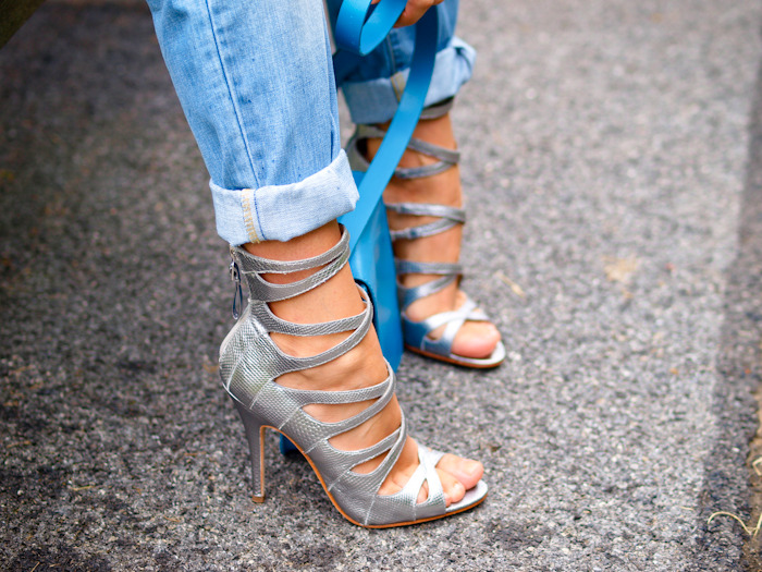 Cuffed heels denim