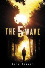 Lelia's New Obsession: THE 5th WAVE by Rick Yancey Much like the extraterrestrial invaders in this post-apocalyptic thriller, The 5th Wave will psychologically batter you until you inevitably succumb to it, letting go of everything you thought you knew, and relinquishing any hope of fully understanding the madness and horrors of Yancey's alien Armageddon. The 5th Wave is an unflinching portrait of war, encompassing both the worst and the best of humanity.  I would liken the experience of reading this book to walking on razor-thin ice, knowing that any second it might break, plunging you into icy darkness. The 5th Wave feels heavy, like the pages themselves are weighed down by the words of the story. But the writing style and the endearingly sarcastic heroine—defiant in the face of absolute despair—make it compulsively readable despite the horrors that are depicted. Read Lelia's full review here