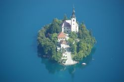 catappleclub:  Bled Island, Bled, Slovenia  take me back