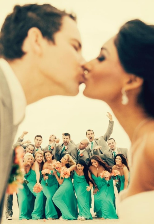 fxshionandluxury:  favotire wedding picture ever taken