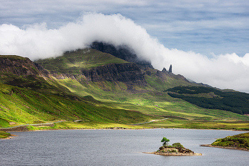 the-poplar-girl:  (via On Black: The Old Man Of Storr by Philipp Klinger Photography [Medium])
