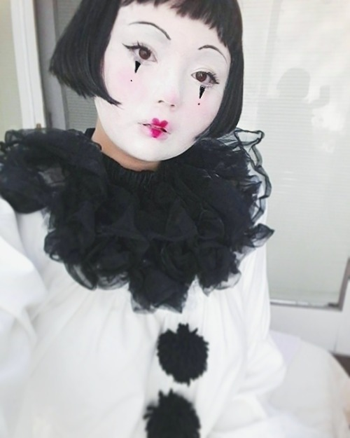 oh!!! imiss halloween n my lover oh oh!!!!!!! clown clowncore vintage pierrot elliott