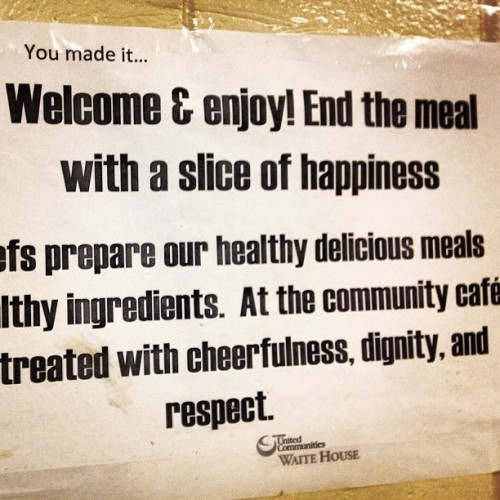 Slice of happiness. #community #nutrition @ Waite House @pucmn for #CTEP Corps Day (@SPNN) (at Waite House - Pillsbury United Communities)