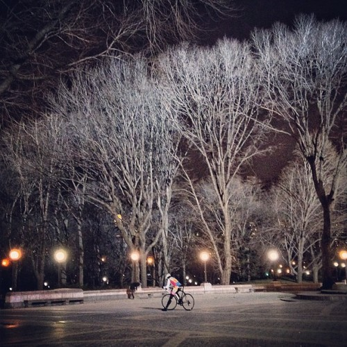 night ride? #bike #bicycle #newyork #manhattan #centralpark #nightride #winter #colombus #colombuscircle (at Columbus Circle)