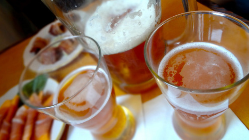 Fracking vs. beer: Does natural gas exploration threaten America's breweries?      If fracking techniques pollute water supplies, what will happen to beer production?