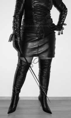 freeracketeer:  All leather mistress http://freeracketeer.deviantart.com
