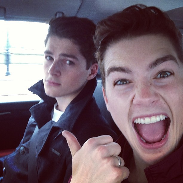 c-entral-perk:  youareasluttyhoe:    jacksgap:  @finnharries just won't calm down..   such a sexy photograph  omg, i love them <3