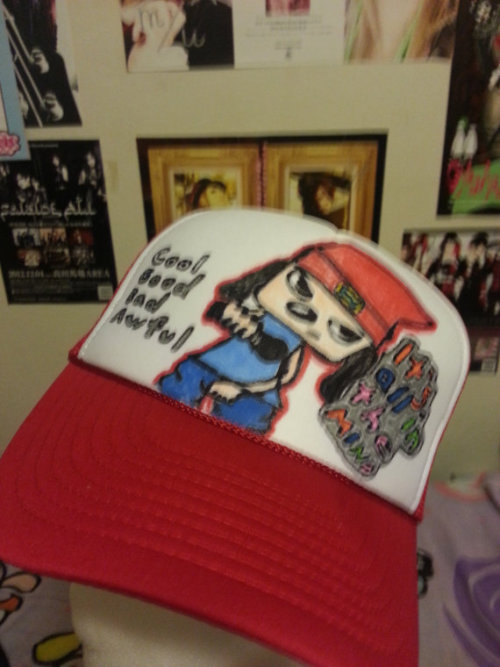 ~☆★Parappa the Rapper Designer Cap!★☆~ Kick, punch, it's all in the mind! Anyone who is a fan of Parappa the Rapper will LOVE this designer cap. This hat is adjustable in the back to fit your head. ^^  Etsy Listing: https://www.etsy.com/listing/128849862/parappa-the-rapper-designer-cap?ref=shop_home_active Facebook: https://www.Facebook.com/ThePandaFuzz