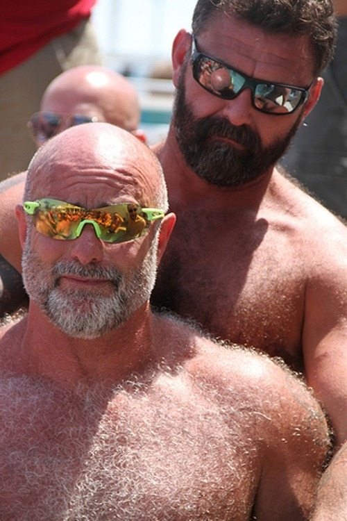 silverdaddiescom:  silverdaddies to love