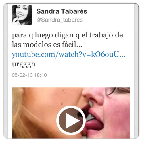 mesqueunvida:  Sandra attacking super model Bar Refaeli  After Daniella she's the second WAG expressing her thoughts about the supermodel