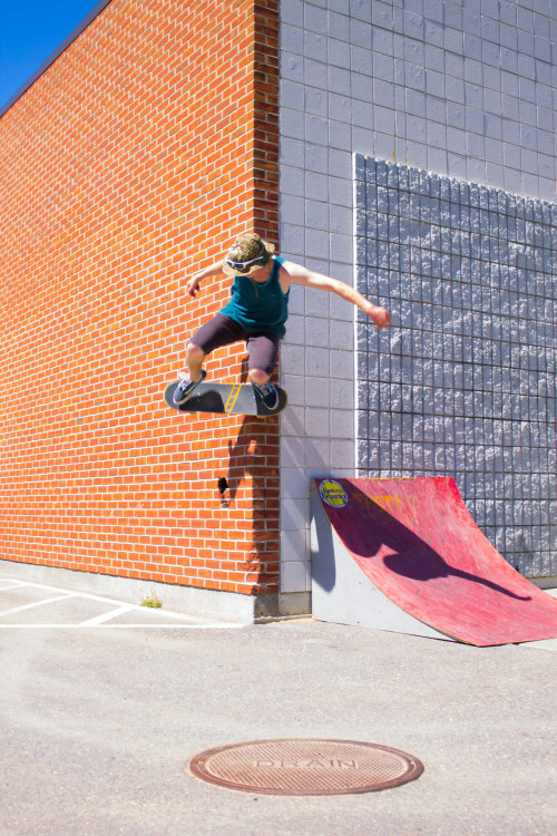 dannyxdiamonds:  Wallride by Jay