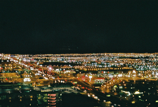 floweryskeleton:  vegas skyline by 0rwellian on Flickr.