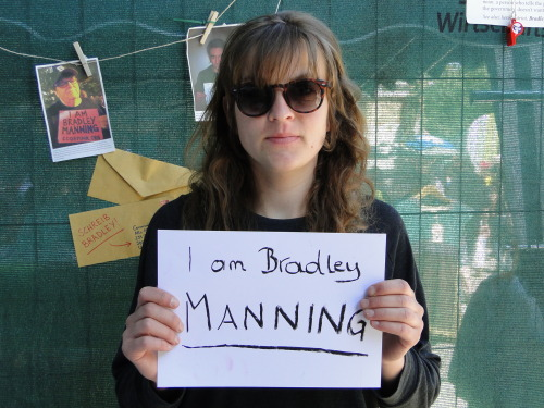 i am bradley manning not lydalle from austria