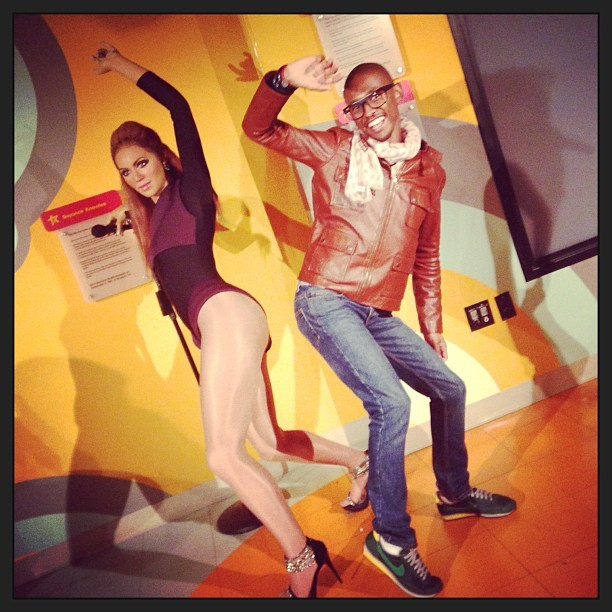 Hahahaha had so much fun at  Madame Tussaud's. #washington #travel #ilovetravelling  (at Apple Store, Pentagon City)