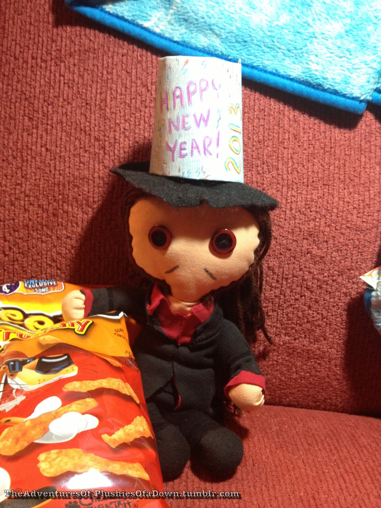 Li'l D has his snacks and his party hat and he's ready to celebrate tonight ^_^