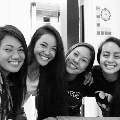 I love these girls forever. #period5 #fekes @kanjahh @robsterzzz @leimomicarter