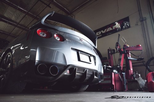 darthfadedd:  gearshifter:  Oh my. Via SP engineering   Sex