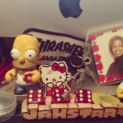 @atrak I see you with the Simpsons toys tho… #mydesk