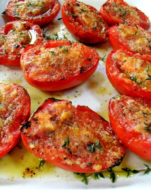 healthier-habits:  Garlic Grilled Tomatoes Recipe Link: prouditaliancook.blogspot.com Click here for more healthy recipes!
