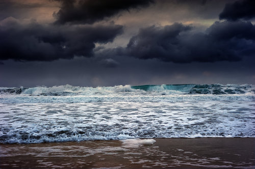 landscapelifescape:  Sandnes, Norway Heavy and dangerous sea by steinliland