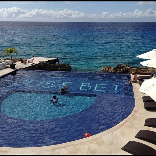 I want to B here!  enriqueescalona:  Don't dream it, be it! #Cozumel