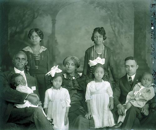 skyline1288:  Black American Family, Circa 1900