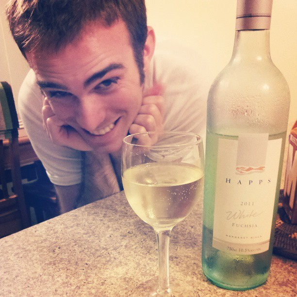 Loving this new Happs wine and that random photo bomber ain't too bad either.