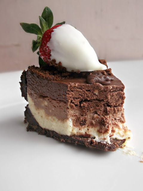 No Bake Triple Chocolate Cheesecake with White Chocolate Strawberries