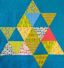 curious pyramids quilt _front by marianna02 on Flickr.
