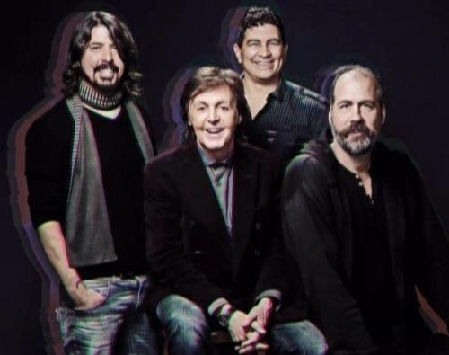 "Paul McCartney and ex-Nirvana members played ""Cut Me Some Slack"" on SNL last night. And here's the video:"