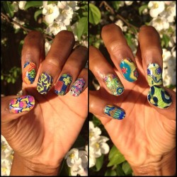 My nails 💅 I did for graduation, I had to stunt and do Ankara Nails 😏 #nails #ncla #nailswraps #ankaraprintnails #africanprintnails #ankara #africanprint