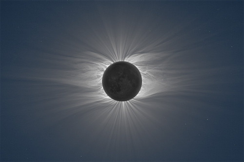 bitchville:  Composite Image of the Moon Taken from 47 Photos Reveals Solar Corona During a Total Solar Eclipse Shot by Czech photographer Miloslav Druckmüller from the Brno University of Technology, these amazing composite images capture the moon during a total solar eclipse revealing a vast solar corona. To achieve the crystal clear effect the shots are comprised from some 40+ photos taken with two different lenses. Additional clarity was achieved due to the incredibly remote location chosen to view the eclipse from, a pier just outside the Enewetak Radiological Observatory on the Marshall Islands, smack dab in the middle of the Pacific Ocean.
