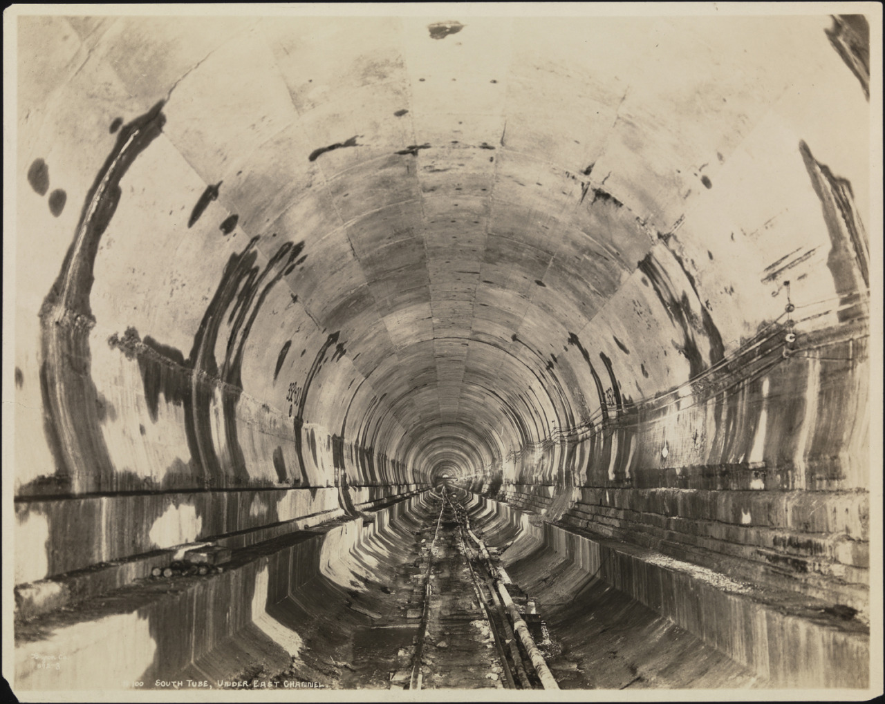 A slideshow of subterranean photographs of New York City's subway since 1918
