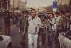 onewaysunnah:  Palestinian man smiling whilst being arrested by Israeli occupation force