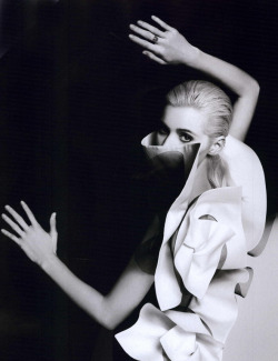 "bienenkiste:  ""Heroines Couture"". Abbey Lee kershaw by Karl Lagerfeld for Numéro #126 September 2011"