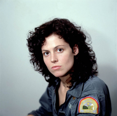 marie-caroline:  Warrant Officer Ripley by gladyerdead