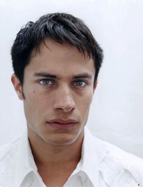 Gael Garcia Bernal in Mexico City, photo by Dana Lixenberg.