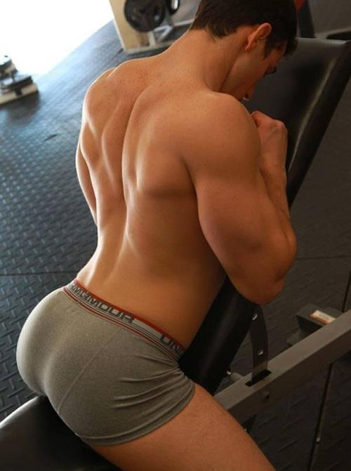 undiefangallery:  Under Armour. Do you wear it?   Check this guy working out in his undies! Do you love under armour?!  View Post