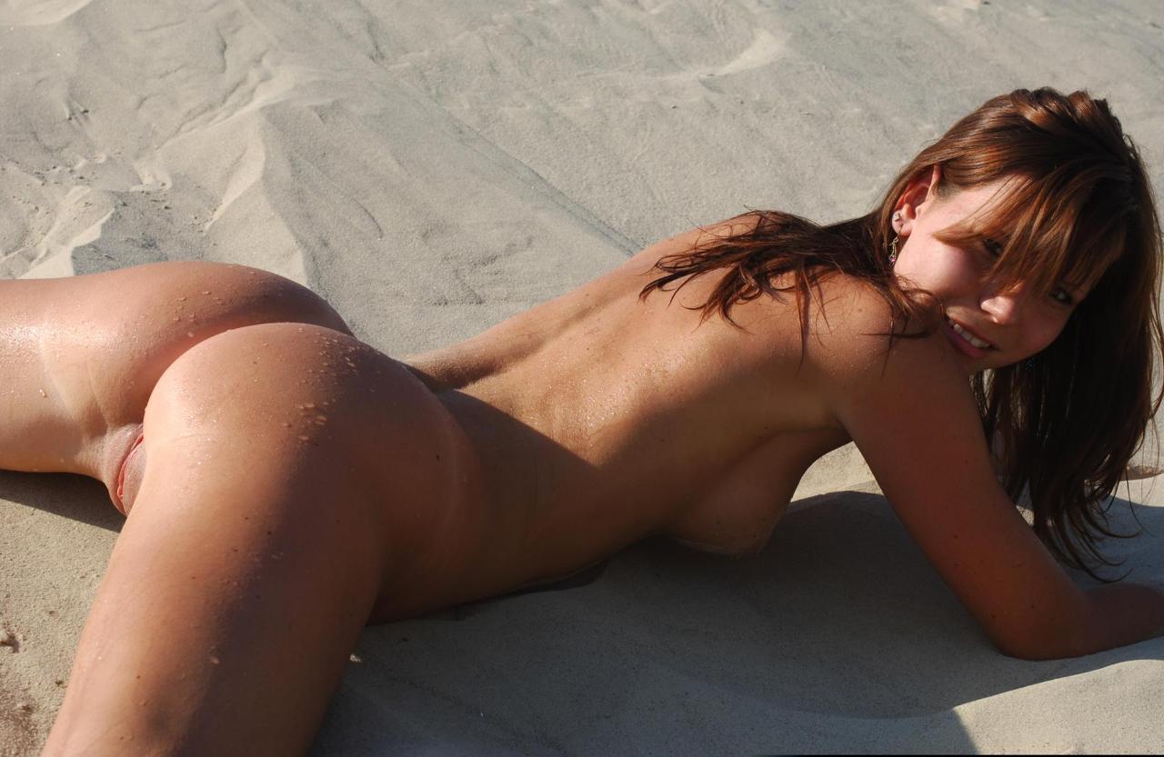 nudity women camera hidden