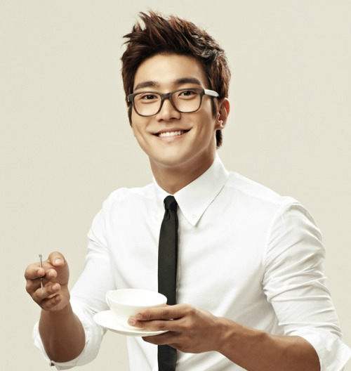 Siwon To Hold A Fan Chat Through SKT World  Siwon of Super Junior will be having a fanchat on April 15th from 3-4 p.m. Korean Standard Timeusi…  View Post