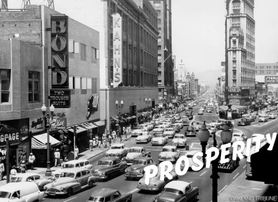 Broadway and Telegraph at 15h Street circa 1956. (Oakland Tribune Staff Archives)