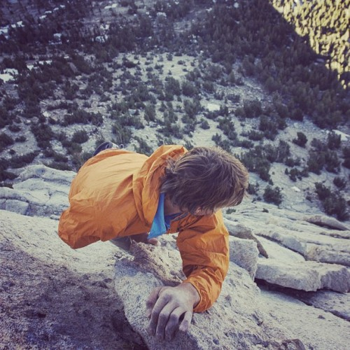 patagonia:  Bill Beckwith Climbing in Tuolumne meadows, Summer 2006. Photo by #jeffjohnson #funhogging